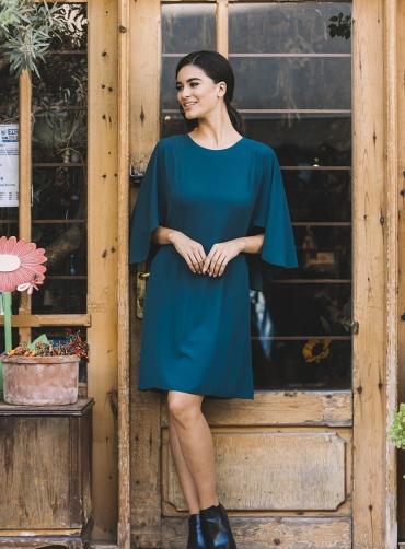 Φόρεμα κρέπ ελαστικό ανοίγματα